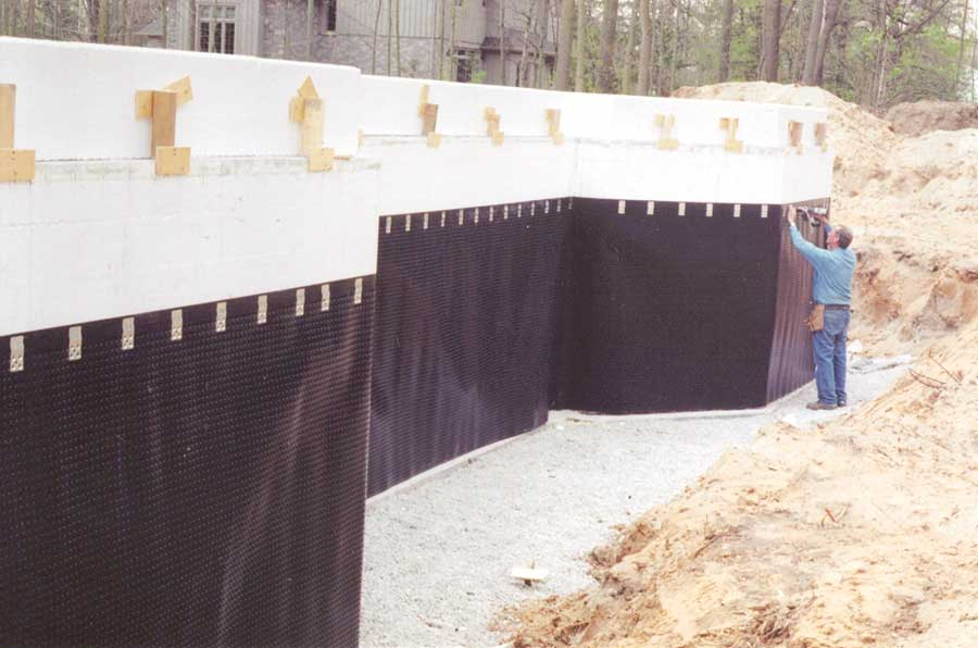 Dimpled Membranes for Drainage
