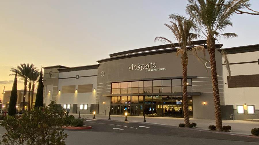 Cinepolis La Costa Town Center